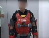 Китаєць відтворив роликовий костюм Джекі Чана